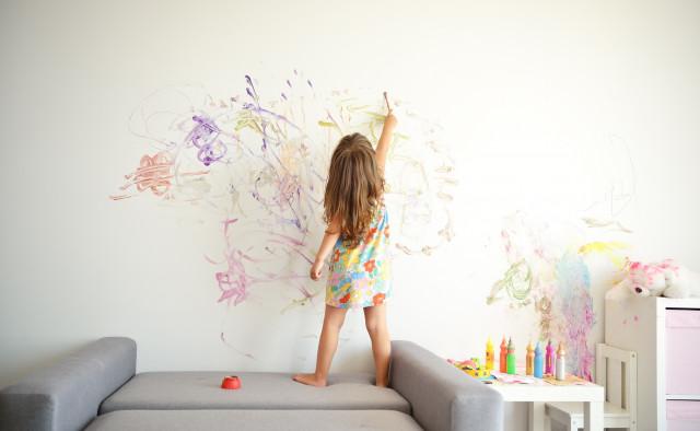 Место красит человека? Как окружающая действительность воспитывает детей, рассказываем в специальном проекте Snob